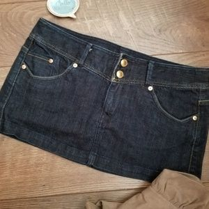 李 CLEARANCE Denim Mini Skirt